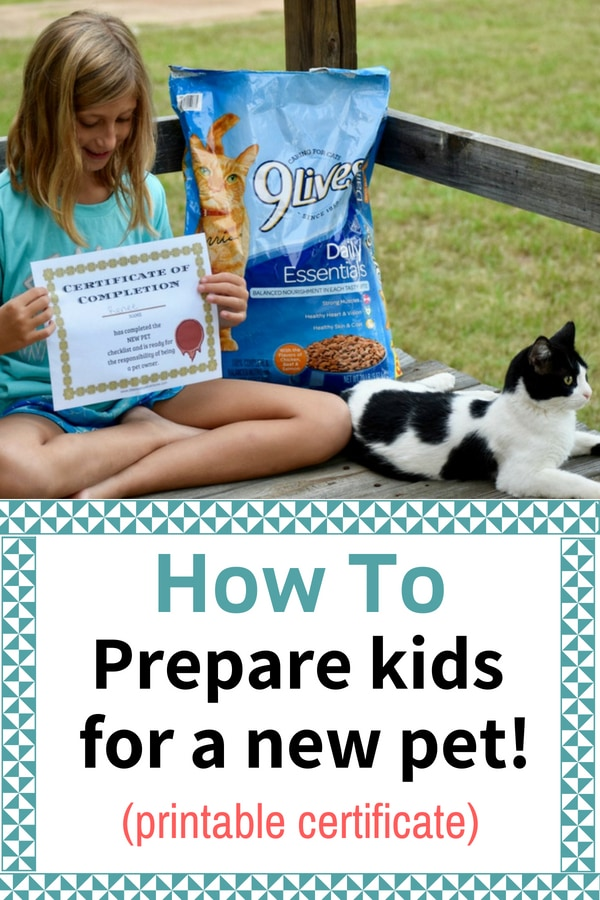 How to prepare kids for a new pet. Brining home a new pet. Teaching kids to care for pets. Printable. #sponsored #printable #petcare #pets #familypets