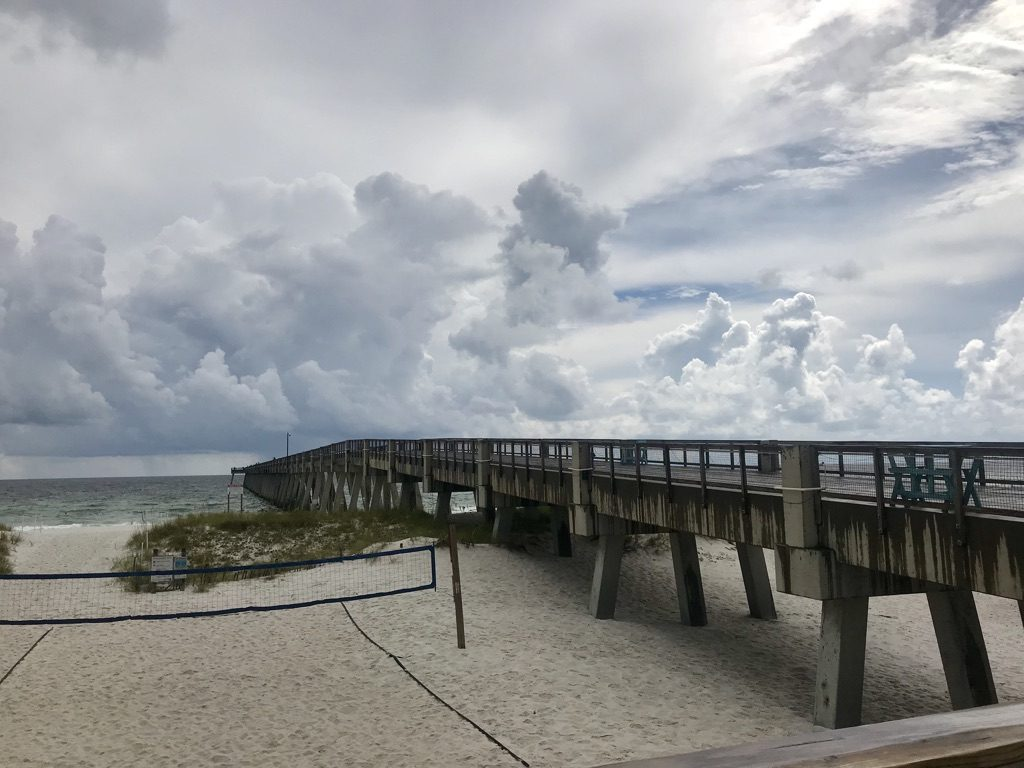 Where to eat in Navarre Beach Florida Windjammers on the Pier